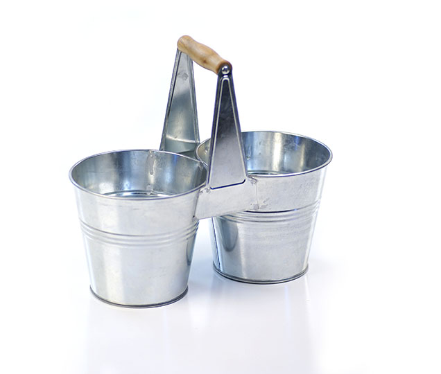 Galvanized Tin Caddy with Wooden Handle